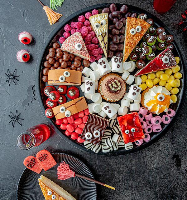 Food platter für Halloween 11