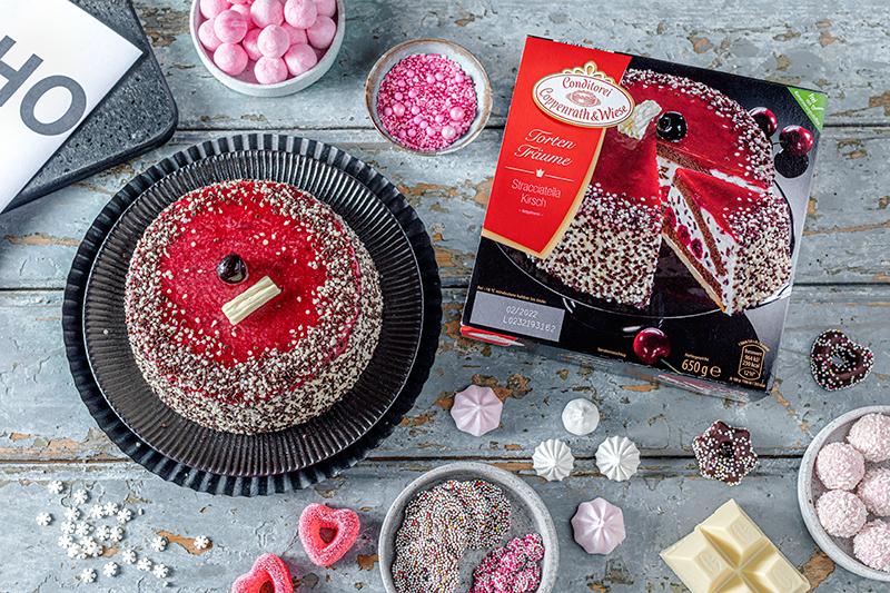 Hohoho-Christmascaketopper für unsere Stracciatella-Kirsch-Torte 44