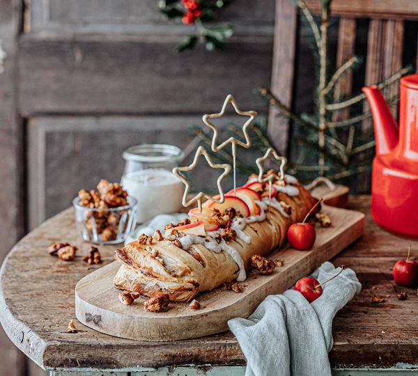 Veganes Weihnachtsrezept: Apfelstrudel mit Cashew-Vanillesoße 25