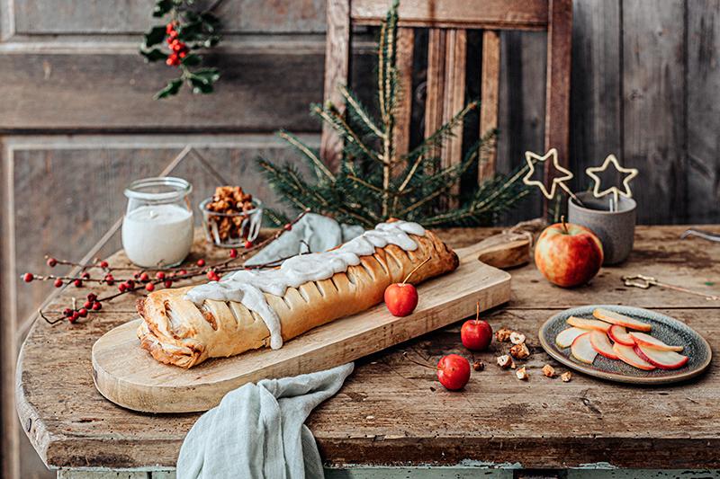 Veganes Weihnachtsrezept: Apfelstrudel mit Cashew-Vanillesoße 27