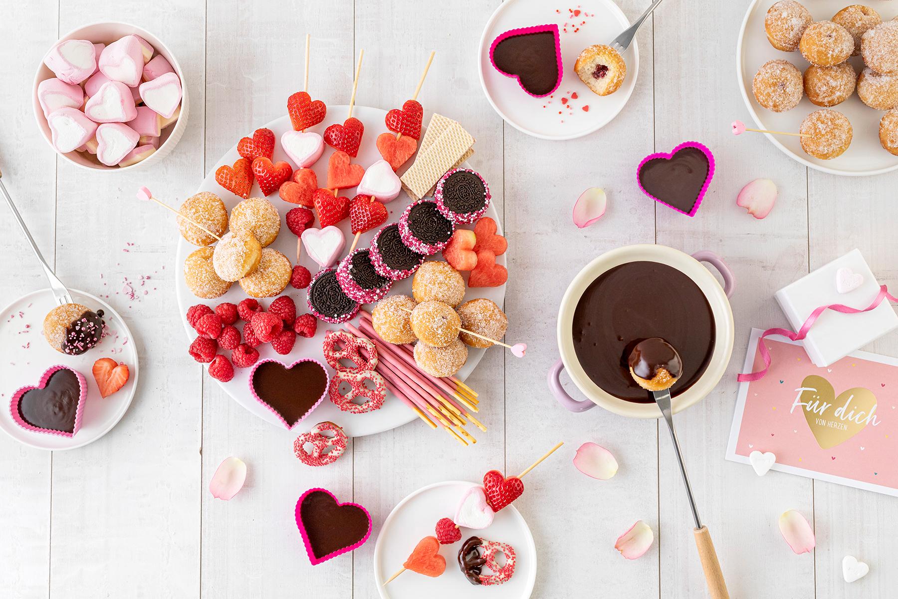 Süßes Schokofondue zum Valentinstag