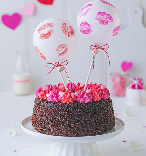 Valentinstorte mit Luftballon-Dekor 5