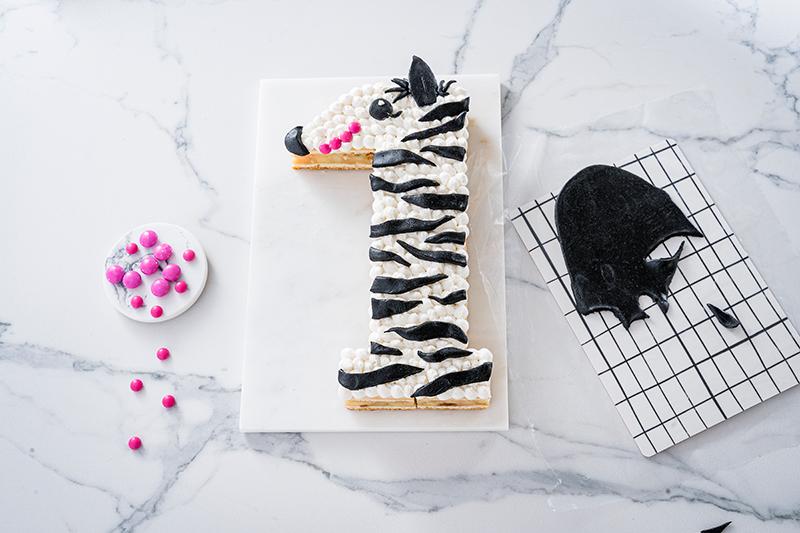 Zebra-Kuchen zum 1. Geburtstag 9