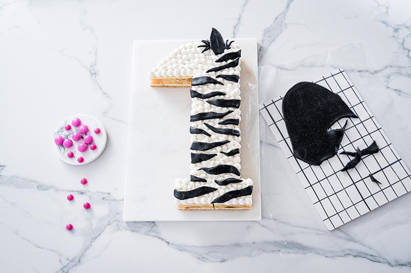 Zebra-Kuchen zum 1. Geburtstag 8