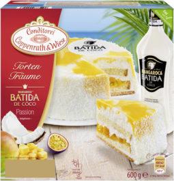 Batida de Côco-Torte mit Osterdekor