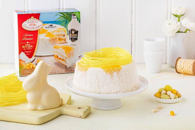 Batida de Côco-Torte mit Osterdekor 3