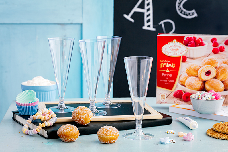 Blitzrezept zur Einschulung: Schultüten-Gläser mit Berlinern und Süßigkeiten 21