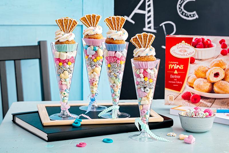 Blitzrezept zur Einschulung: Schultüten-Gläser mit Berlinern und Süßigkeiten 22