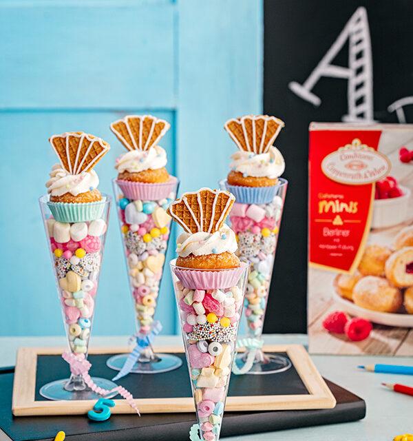 Blitzrezept zur Einschulung: Schultüten-Gläser mit Berlinern und Süßigkeiten 3