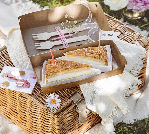 Last Minute-Geschenk: Tortenstück mit Kerze und Caketopper